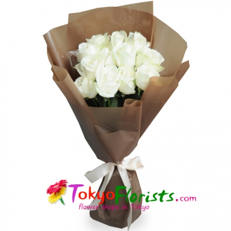 send 12 white roses in bouquet to tokyo