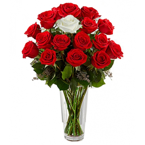 send 11 red roses and 1 white rose to tokyo